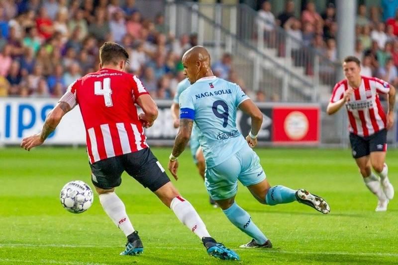 Van den Hurk zorgde vorig jaar in het thuisduel tegen Jong PSV voor de drie Maastrichtse treffers